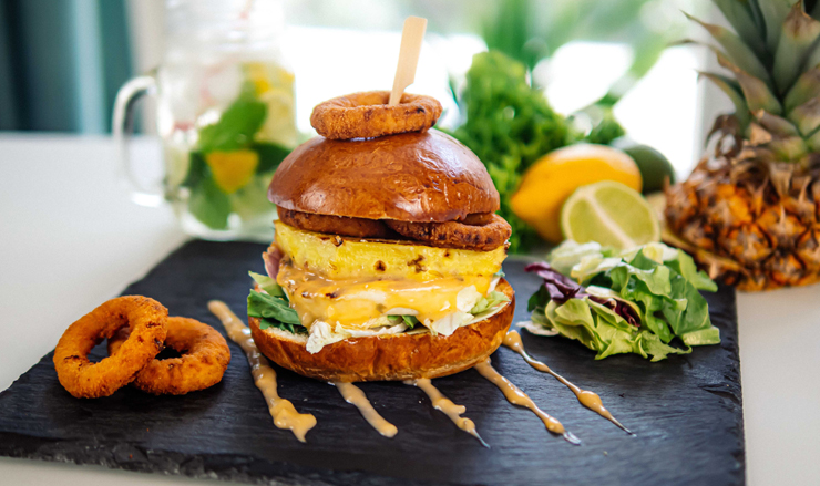 Hajdú Hawaii Burger